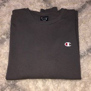 long sleeve dark grey champion shirt